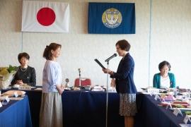 長野会長より歓迎の言葉と会員ピンの授与