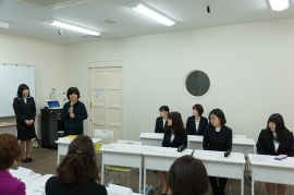 顧問の清板芳子先生が亡くなられた渡辺和子先生の思い出話を